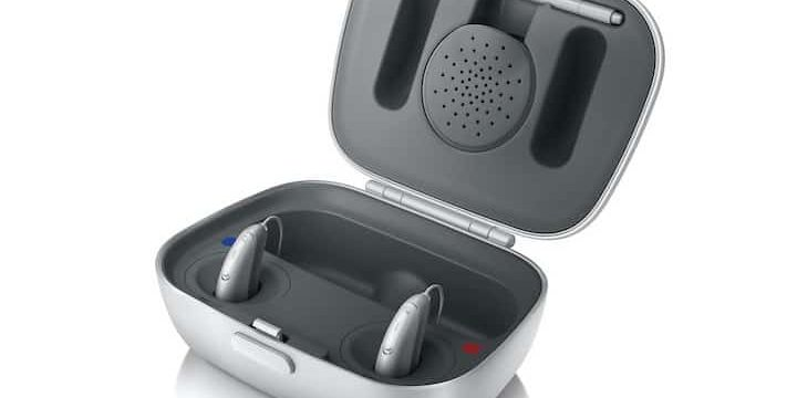 Rechargable hearing aids