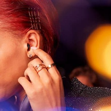Signia on ear
